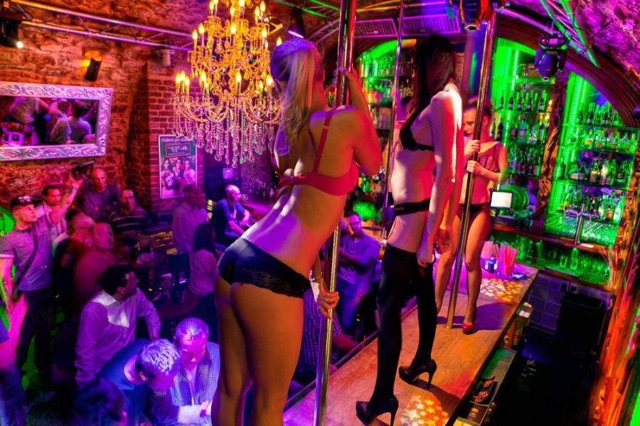 Neubeginn - Strip-Club wird christliche Gemeinde -